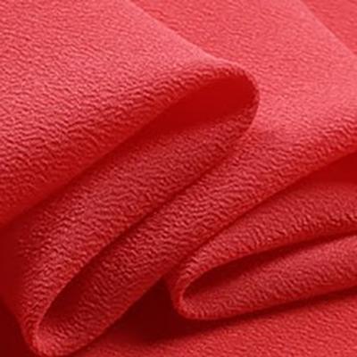 tela de crepe rojo